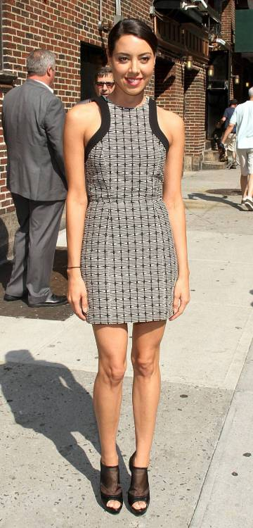 suicideblonde:  Aubrey Plaza arriving at The Late Show with David Letterman in NYC, July 17th