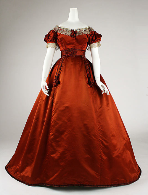 Dress 1865-1868 The Metropolitan Museum of Art