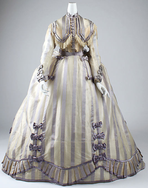 Dress Depret, 1867-1869 The Metropolitan Museum of Art