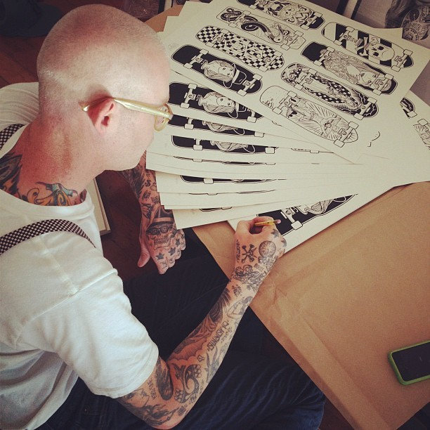 fecalface:  Mike Giant signing prints. (Taken with Instagram at FFDG)