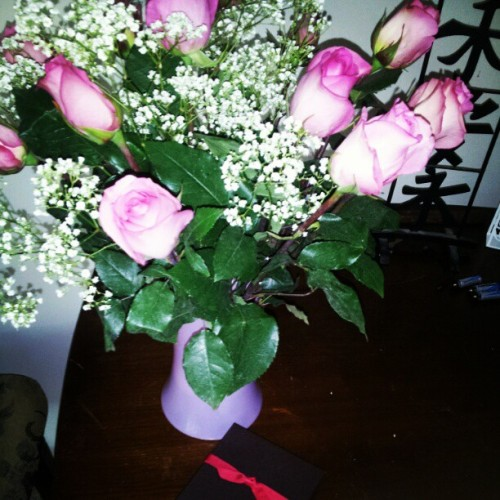 Coming home from work to these #unexpected gifts ^^ hellaa made my day <3 #birthday #surprise (Taken with Instagram)
