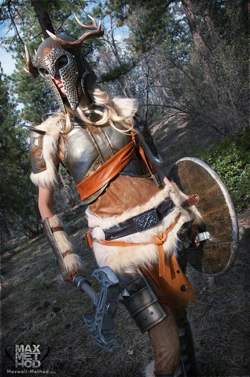 icosplayzone:  (via Skyrim Girl Cosplay | iCosplayCostume.com) Best female skyrim cosplay EVER