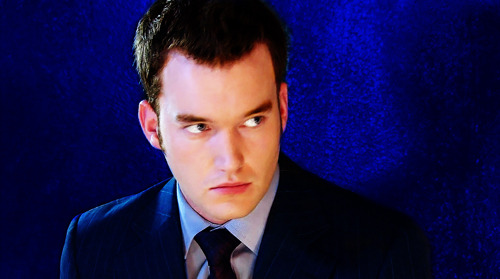 girl-panic:  Torchwood - 1.13 - End of Days  You beauty.