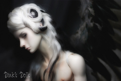 2012_07_18_Klaus_05 on Flickr.Klaus my Fallen Angel. Wig by eclispe21, wings by Syrinfox.