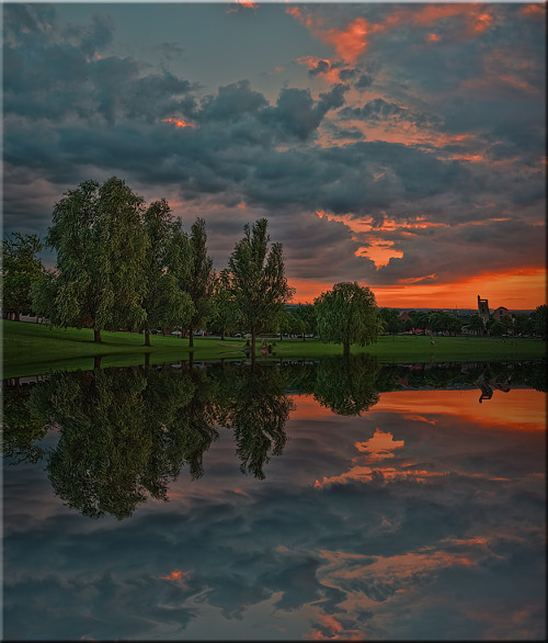 llbwwb:  Reflection (by Reg Ramai)