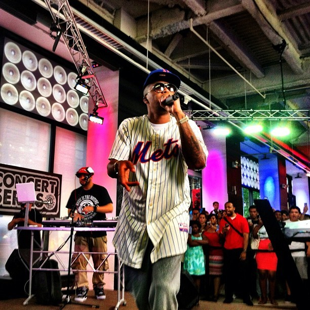 Nas in the pinstripe Mets jersey.