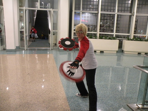 gluegungirls:  Dave Strider AX 2012 If someone knows the cosplayer please tell me and I will credit them.  oh hey guys look it's me and my ugly face trying to be cool at AX (God, I can't wait to re-make those timetables xD)