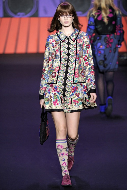 Anna Sui - Fall Winter 2011/2012 Ready-To-Wear - Shows - Vogue.it