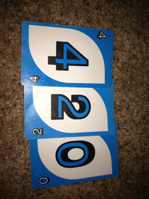 Playing uno high suddenly notice i have 3 cards that were 4,2,0
