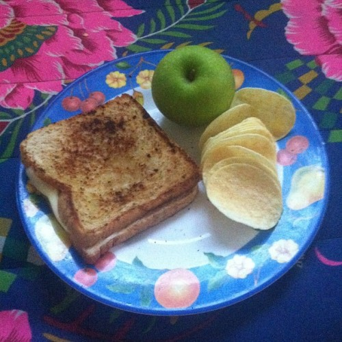 I'm in a western food mood. Made myself a grilled cheese sandwich. Complete with Pringles and a green apple. Tastes like middle school.  (Taken with Instagram)
