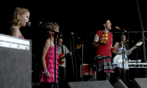 Fire Girls join Tender Trap on stage at Indietracks for Love Is Hard Enough photo by michael prince (thanks michael!) posted by katrina