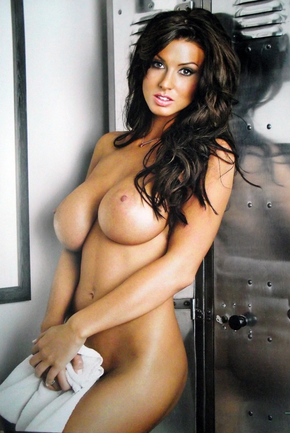 wickedtits:  Alice Goodwin