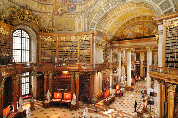 Christoph Seelbach's photographs of beautiful libraries around the world.