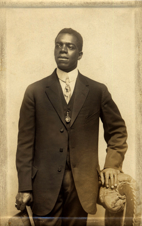 Portrait of a Young Man with Four Fingers circa 1910's ©WaheedPhotoArchive, 2012