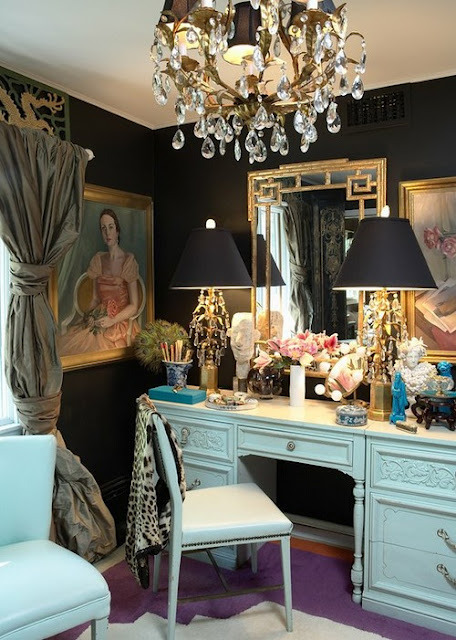 thedecorista:  the perfect dressing room!!!!  via chinoiserie chic