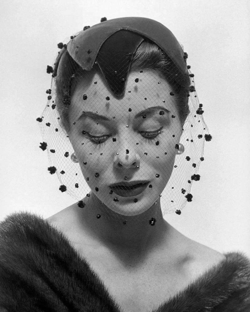 Bettina wearing velvet veiled hat by Paulette, photo by Georges Dambier, Arachnée, November 1953