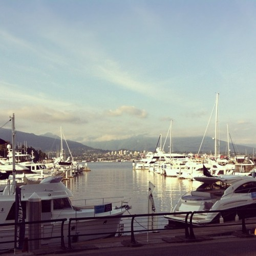 Coal #Harbour #vancouver #vancity #britishcolumbia  #boats #water  (Taken with Instagram)