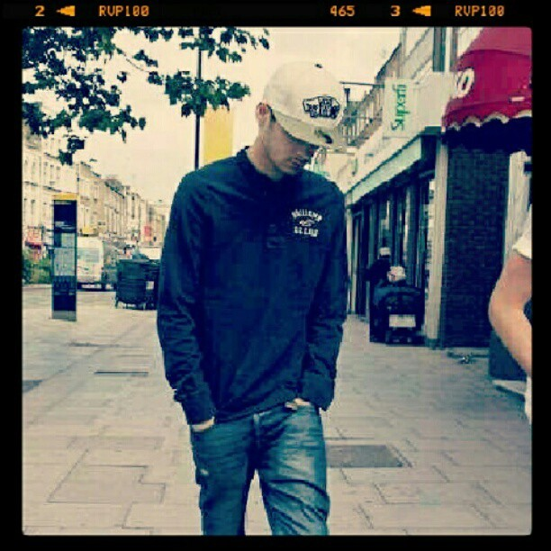 #zayn #malik #zaynmalik #white #vans #cap #jeans #handsome #onedirection #guy #swag (Taken with Instagram)