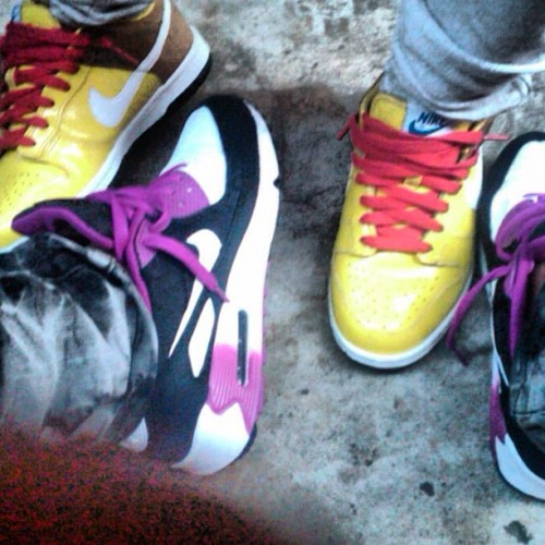 #THROWBACK ME AND MY BEST FRIEND …WE DO THIS #KICKS   (Taken with Instagram)