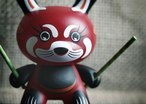 Red Panda - Shane Jessup kumokitsune: My Dunny collection is slowly but steadily growing..! I finally managed to find a few from the Endangered series but now I need to find somewhere to display them all! If you're like me and think that red pandas are BAMFs then you should take a look at this link: redpandanetwork.org