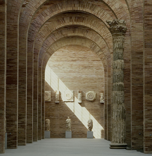 Raphael Moneo - National Museum of Roman Art, Mérida 1986. Via Lluis Casals.