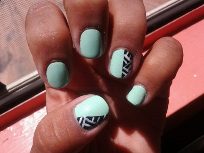 A mint manicure :-) Colors used: Sally Hansen- Mint Sorbet Wet n wild- black creme Wet n wild- french white creme
