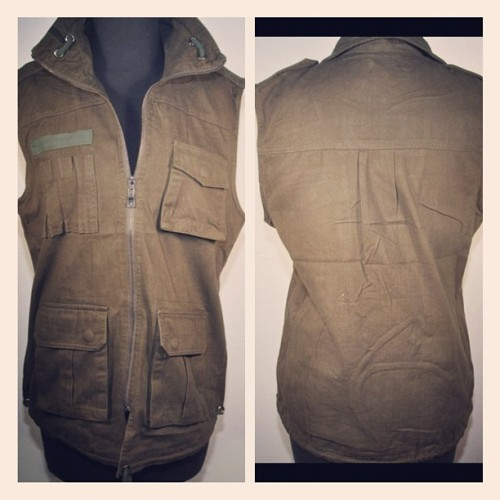 Luxor&Finch Militia Sleeveless jacket #amazonianguard #army #patriotic #green (Taken with Instagram)