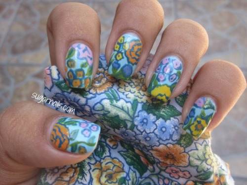sugarnails:  Floral print, yay. :D
