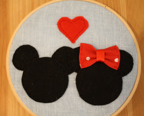 I've recently replicated my super popular Mickey & Minnie heads in felt for a decorative embroidery hoop. It's up for sale over at my etsy if you'd like to buy it!