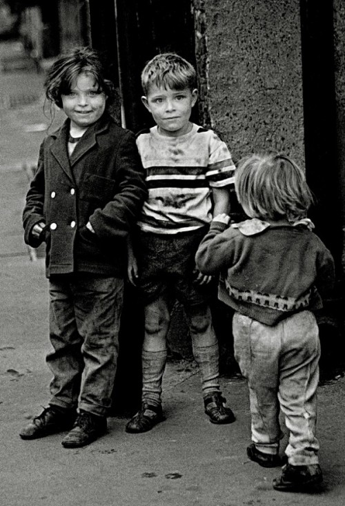 "Spitalfields, 1962 - ""They look like they are up to no good."" (via People On The Street & A Cat 
