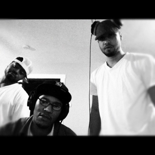 #throwbackthursday 2010 in the studio With @jetleesays & @bkidflyhigh — most memorable times of my life.  (Taken with Instagram)