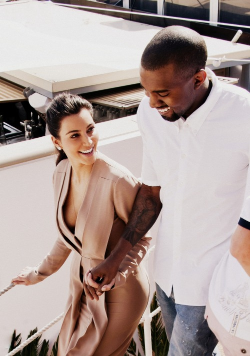 nekaaaalexiaaa:   KimYe's.  the way she looks at him. >