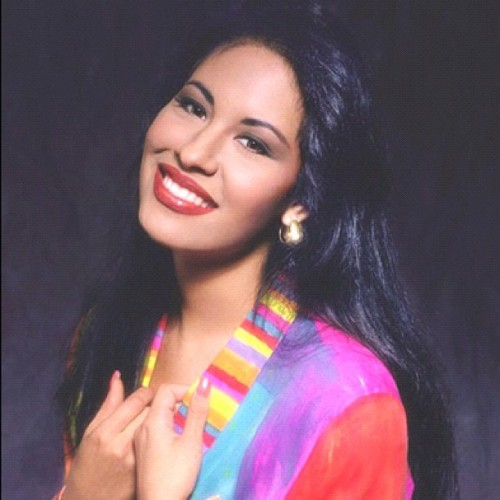 …Anything for Selenas… #throwbackthursday #tbt #throwback #selena #selenaperez #icon #muse #inspiration #gonetoosoon #instagood #beauty (Taken with Instagram at www.shopapplesauced.com)