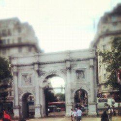 Marble Arch #london #historic #vintage #landmark #famous #arch #marble #marblearch  (Taken with Instagram at Marble Arch)