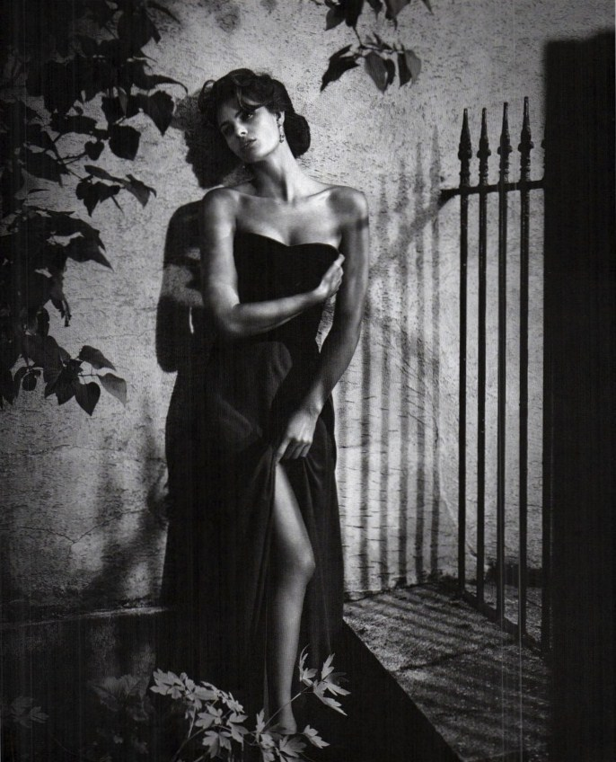 thefashionatelier:  Isabeli Fontana photographed by Vincent Peters for Vogue Italy September 2011