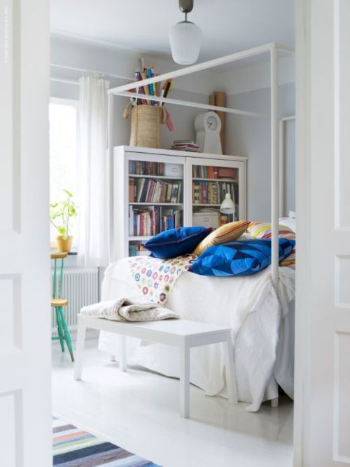 roomy bedroom by IKEA (via Hemma)