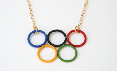DIY Olympics rings necklace from Remarkably Domestic.