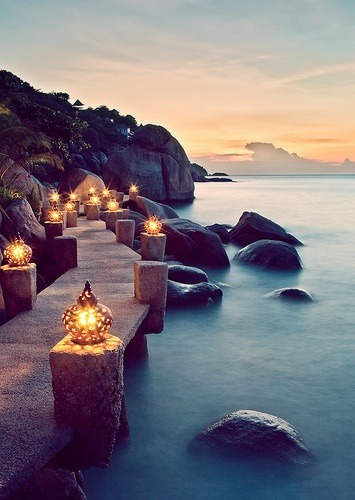 lanterns along the Port at Qarth, on the southern coast of Essos (Ko Tao, Thailand)