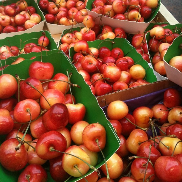 Rainier Cherries.. please  (Taken with Instagram)