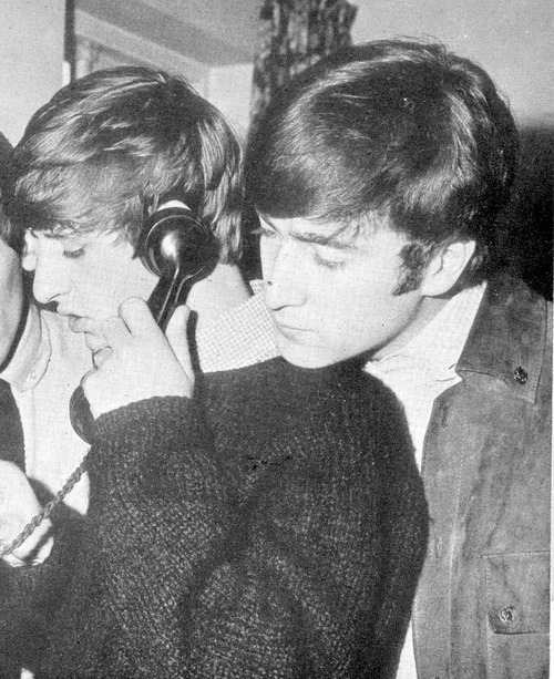 Ringo: ur call is very important to john John: No it's not Ringo: but he is not available right now can i take a message John: Hang up