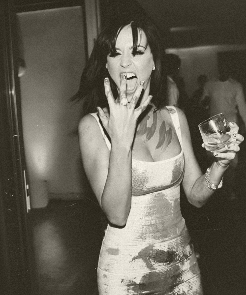 100 Pictures of Katy Perry: 42/100