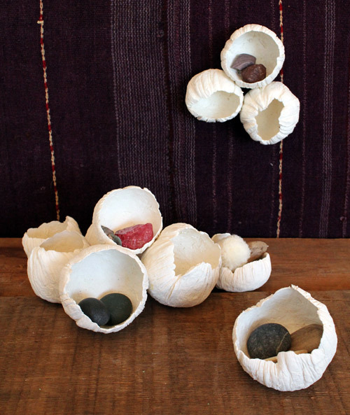 littlecraziness:  (via diy project: paper clay barnacles | Design*Sponge)