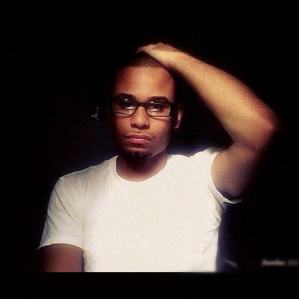 #tbt #throwback #thursday #me #robaurelius #gq #glasses #webcam #webcampic #pic #photo #photooftheday #igers #image #instahub #instagood #gq #prettyboy #cute #pose #handsome #guy #whiteshirt #nyc #intellectual #man  (Taken with Instagram)