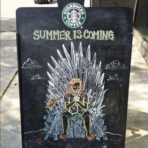 #starbucks #gameofthrones #IronThrone #SummerIsComing (Taken with Instagram)