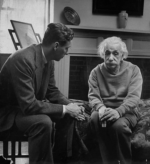 ryandonato:  Einstein and his therapist