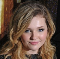 Abigail Breslin Heading To 'August: Osage County' Abigail Breslin is set to be Julia Roberts' daughter in August: Osage County. The Oscar nominee will play Jean Fordham, the 14-year old angry and acerbic pot smoking child of Roberts' Barbara character in the family drama.