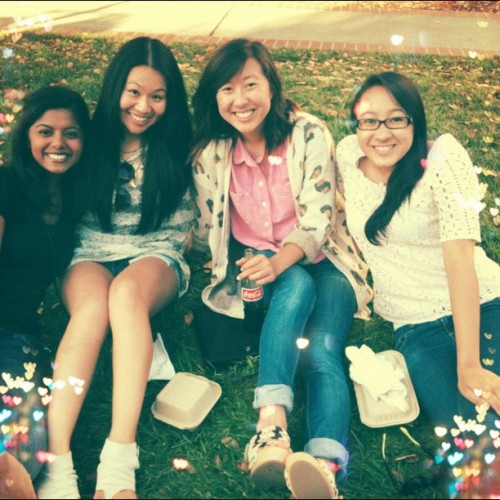 My favorite babes in ze world 😍 @donnakimchi @danaesugaoka @nadella #offthegrid #photooftheday #summer #july #bestfriends #berkeley #sproul #instagood #instabest #love (Taken with Instagram at Sproul Plaza)