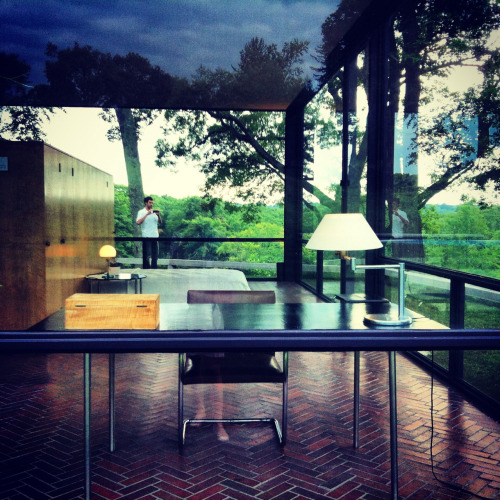 Visited Philip Johnson's Glass House today… Above is a view from the front looking through the work area, bedroom and outside again to the lush landscape. There is little else one needs in life…