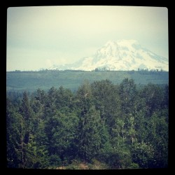 Washington can be so pretty sometimes #mtrainier #seatle #washington #graham (Taken with Instagram)