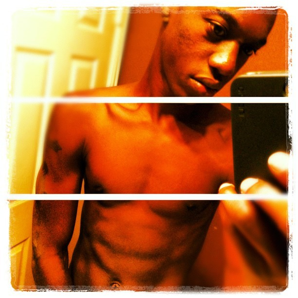 #picstitch #me #abs #freak #followback #follow4follow #followforfollow #like4like #likeforlike  (Taken with Instagram)
